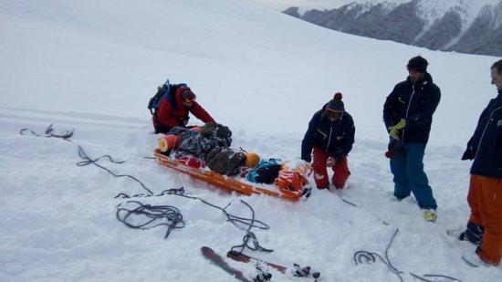 Закарпатські рятувальники знайшли тіло киянина, який загинув у Карпатах під час сходження лавини