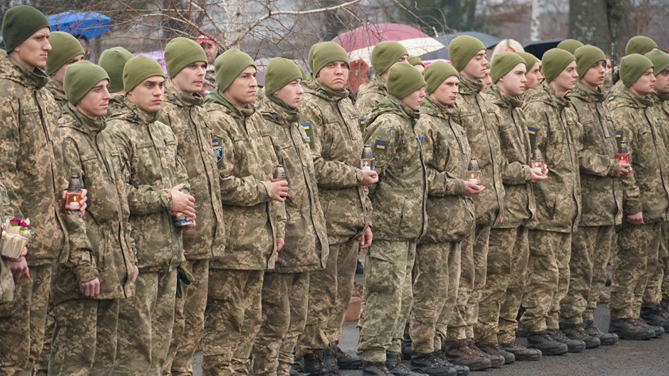 В Іршаві та Мукачеві вшанувала учасників боїв при Дебальцеві