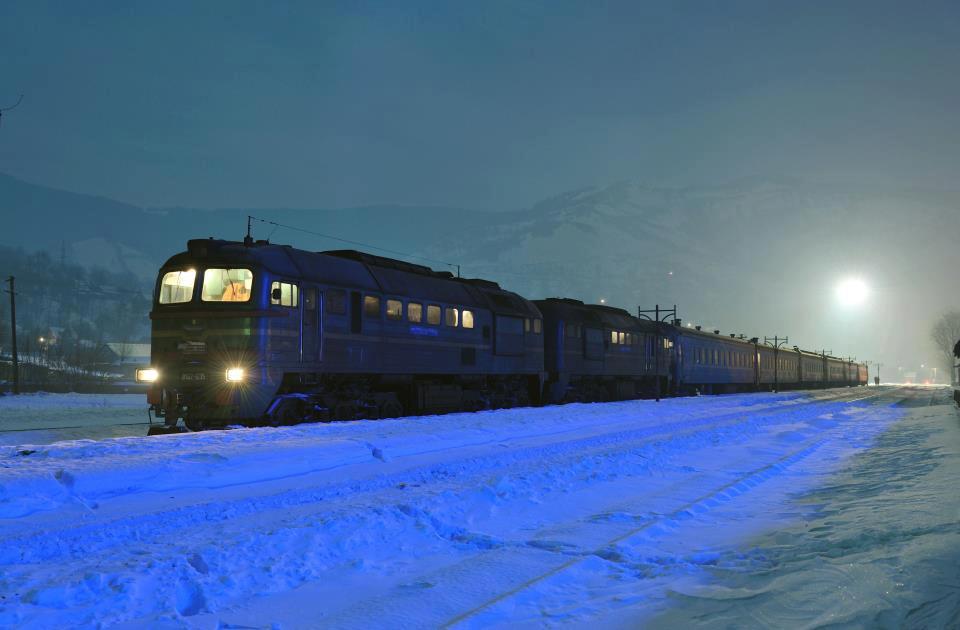 На зимові свята Укрзалізниця запустить додатковий поїзд на Прикарпаття